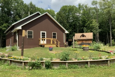 42 acres Cabin and Pond near Oneida Lake